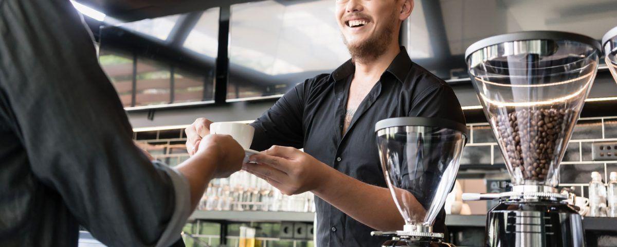 7 modi per interagire al meglio con i clienti di un bar
