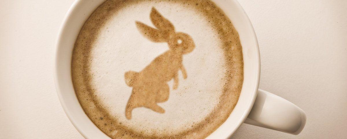 Caffè di Pasqua: colombe, uova e coniglietti a portata di tazzina