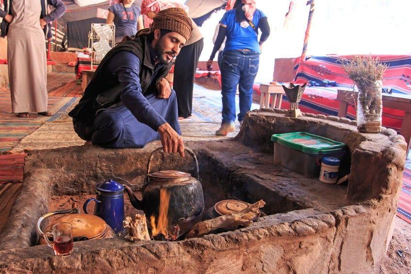Come fare il caffè allo zenzero, la bevanda tipica dello Yemen
