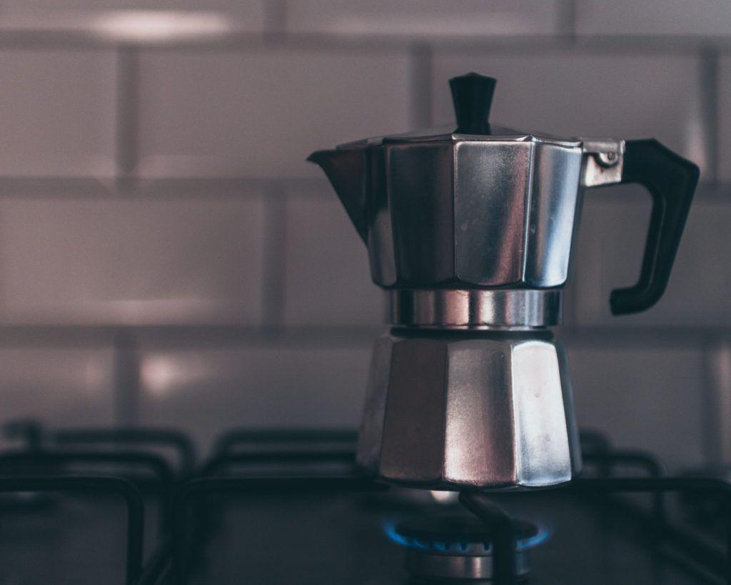 Come pulire la caffettiera? I consigli per una moka splendente