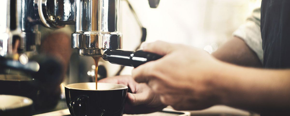 scegliere la macchina del caffè per il bar