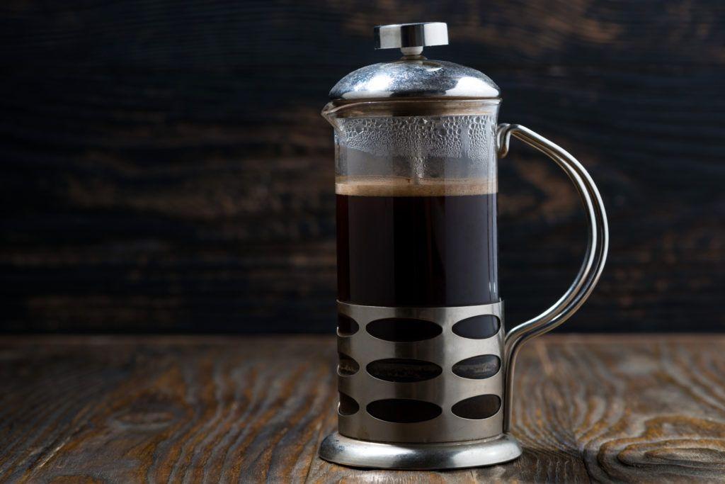 Come usare la French Press per preparare un perfetto caffè francese