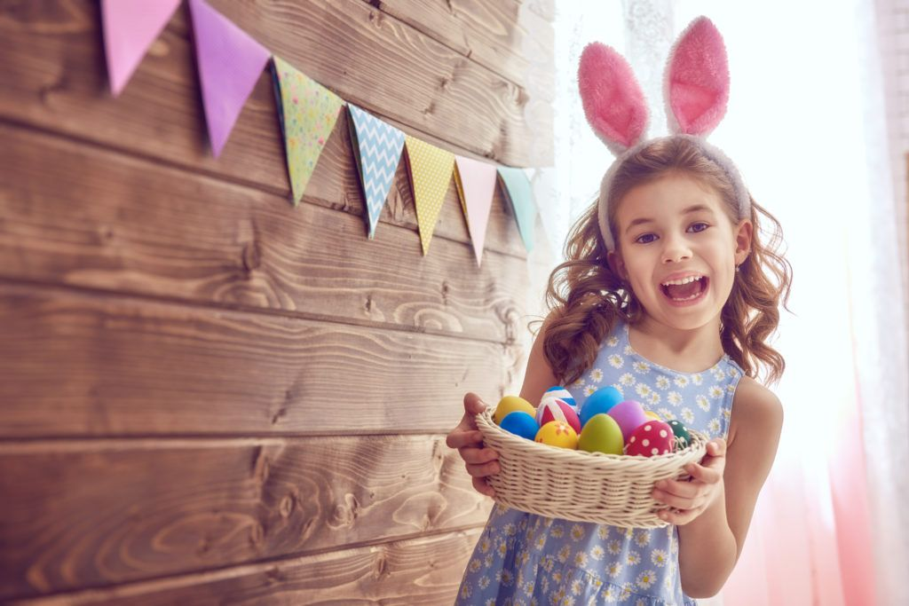 Easter at home with colorful decorations and delicious menus