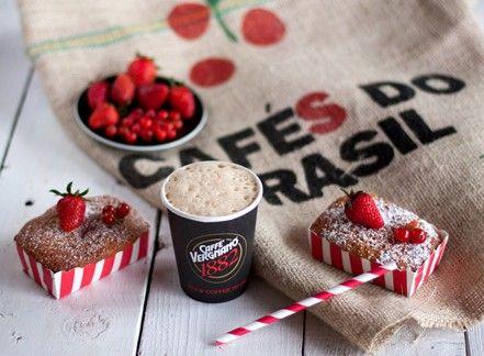 Mini plumcake al farro e frutti rossi
