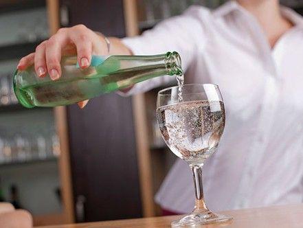 Scegliere le bevande giuste: non è facile come bere un bicchier d'acqua!