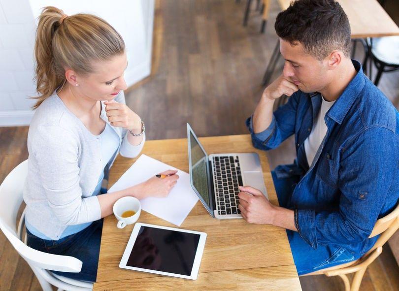 Settembre, si riparte: carta, penna e caffè per stilare la lista dei buoni propositi