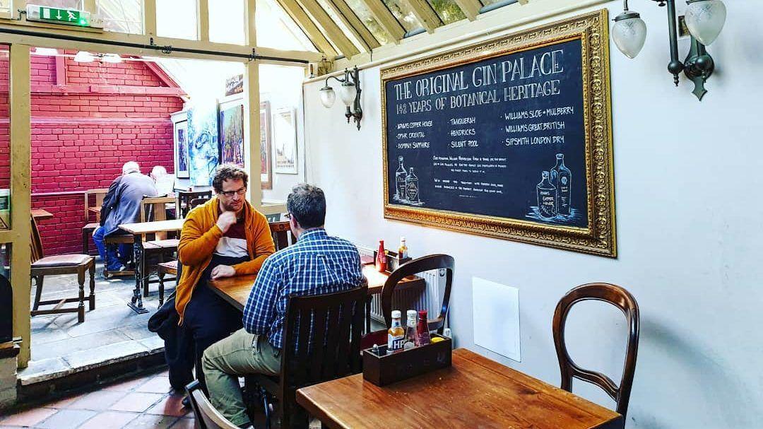 The Eagle and Child a Oxford, il bar che ogni amante della letteratura fantasy dovrebbe visitare
