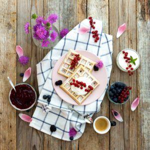 waffles allo yogurt e frutti rossi