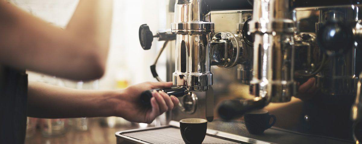 quanto consuma macchina caffe 1200x480