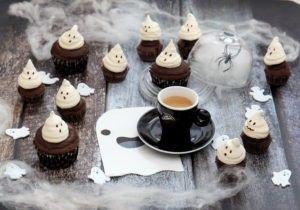 Mini-Muffin al caffè e cioccolato con fantasma